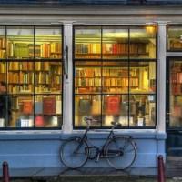 Por qué no deberías comprar libros en Internet (y qué te deberían dar las librerías a cambio)