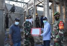 Bantuan Keramik Korem 082/CPYJ untuk Pembangunan Mushola di Jombang