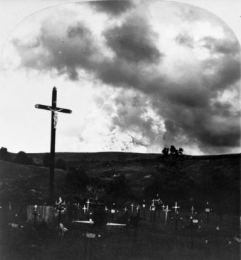 Public domain photo of candles for Martinique dead