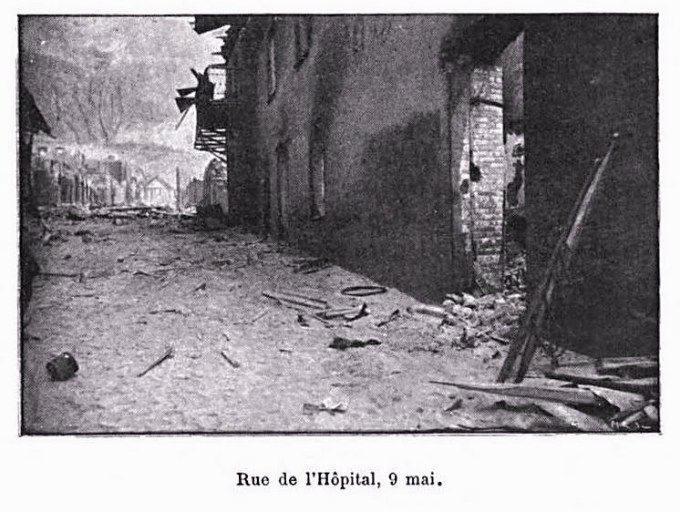1902 photo of Saint-Pierre street day after volcano