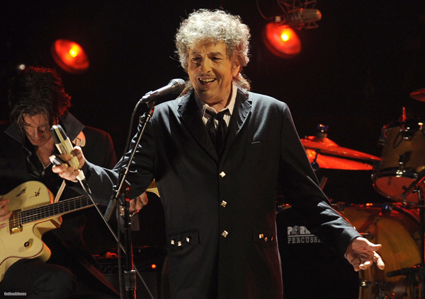 Bob Dylan as a racist? The French must be having a laugh. Ces stupides idiots!
