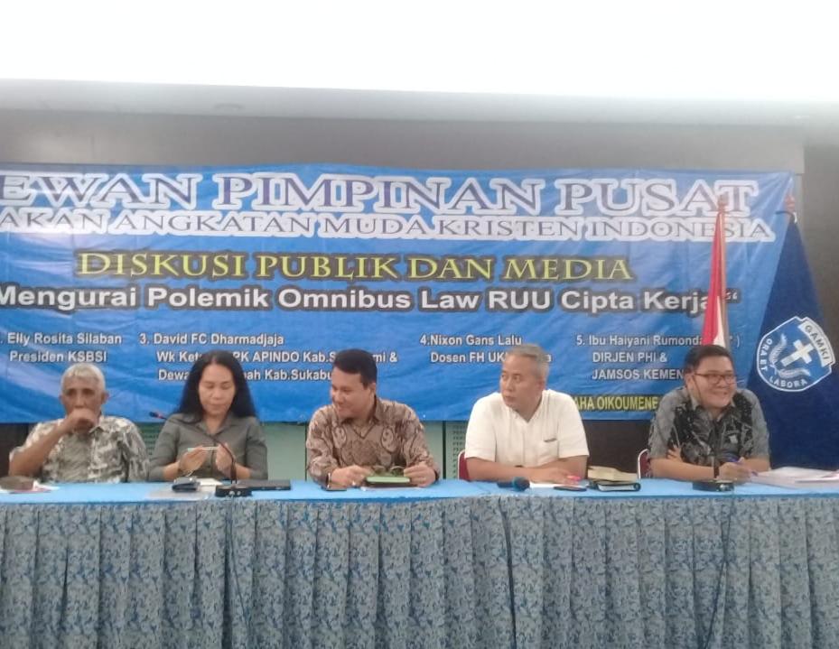 Diskusi omnibus law