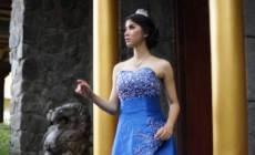 Permalink ke Tergusur Lumpur Lapindo Bikin Gadis Cantik Ini Bercita-Cita Jadi Dokter