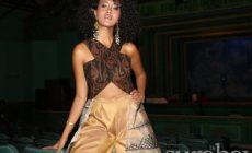 Permalink ke Kenalkan Budaya Etnik Indonesia Lewat Kreasi Gaun 'Wayang Kulit' di Panggung Paris Fashion Week