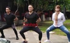 Permalink ke Dika 'Ada Band' Kenalkan Yoga Warisan Nusantara, Padukan Gerakan Senam, Silat, dan Seni Tari