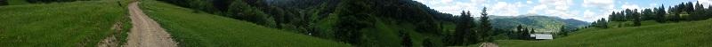 balade-poienile-de-sub-munte-panorama