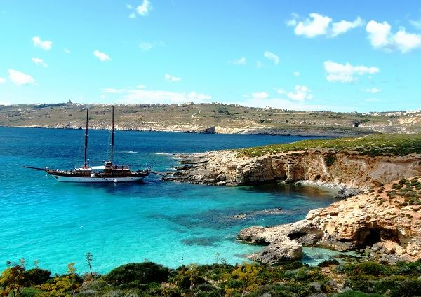 comino-voilier