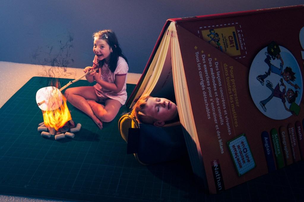 Photomontage illustrant la rentrée des classes et l'été indien