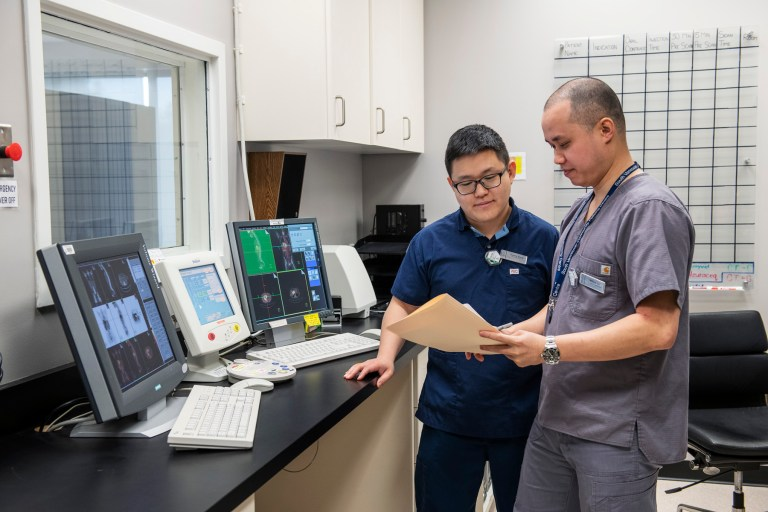 Our scanning room and equipment are maintained to the highest professional standards, ensuring efficient and accurate diagnostic care.