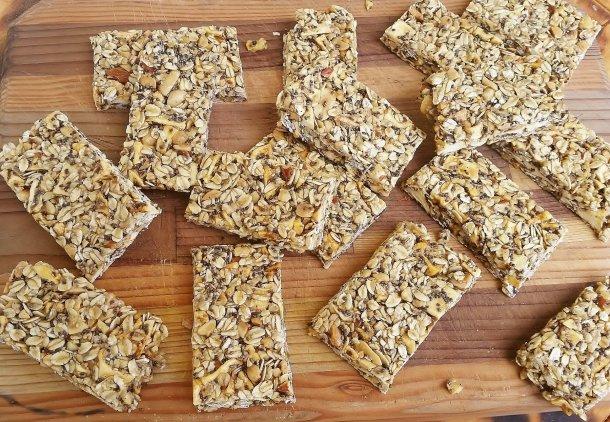 Fruit & Nut Granola Bars