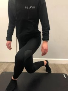 Food strength - Curtsy Lunges