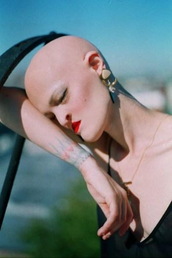 Meet-Melanie-Gaydos-the-model-who-broke-all-fashion-stereotypes-59351aff4dccf__700
