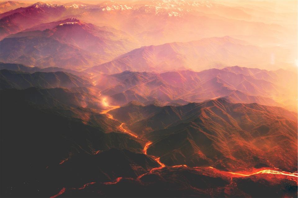 volcanoes-691939_1280-300x200