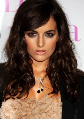 Long-wavy-hairstyles-for-women-2013