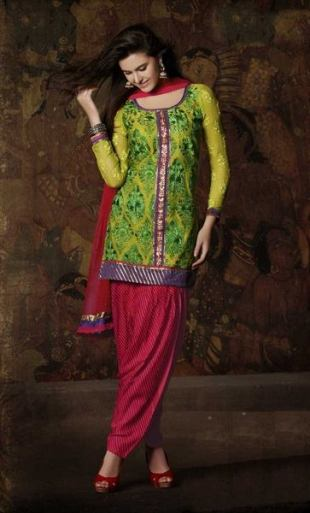 punjabi-short-salwar-suit-for-girls
