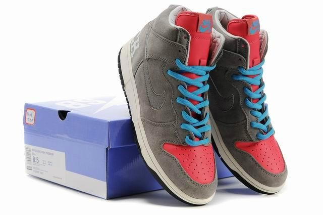 sale retailer 5056a 148bd Stylish Nike Dunks for Men and Women 2013 - Inkcloth