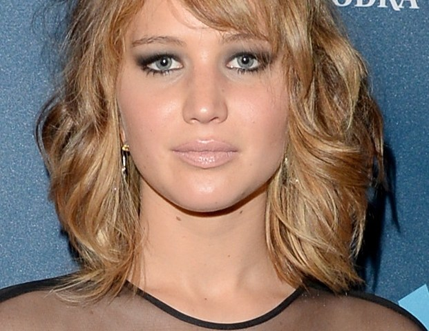 Hairstyle For Round Face Women