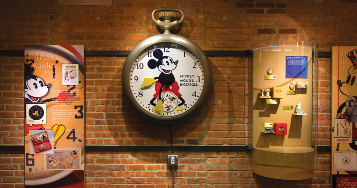 TIMEXPO Giant Mickey Mouse watch