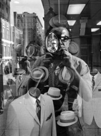Harold-Feinstein-Man-In-Mirror-ink-publications