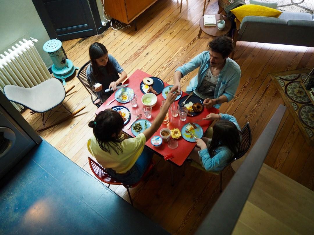 Annette family à table