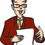 Ein Mann hält einen Zettel in der Hand. Er erklärt etwas. Der Mann trägt eine Brille. Mit einer Hand macht er Gesten beim Sprechen.
