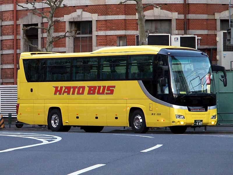 ハトカー2の「HATO CAR」は、はとバスをモチーフにした鳥ガチャ