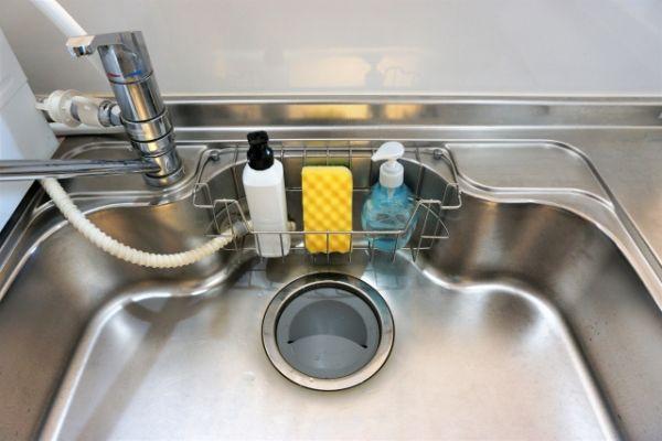 食器用洗剤はインコが誤って飲んでしまうと非常に危険