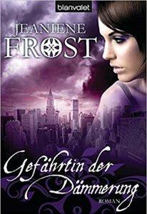 Frost_Gefährtin der Dämmerung_Cat & Bones_3