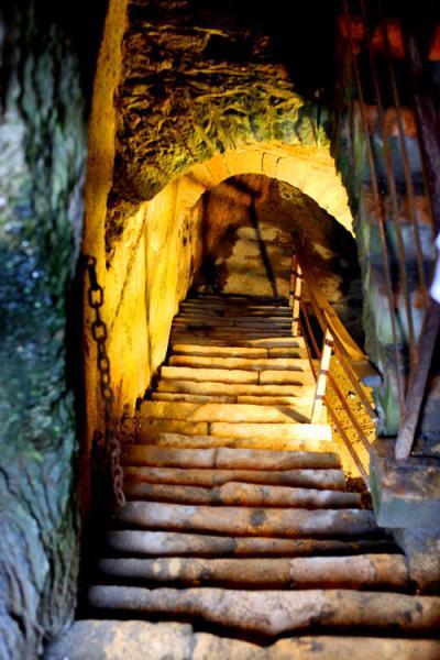 stairs-castle-bouillon