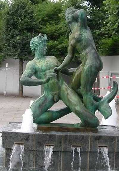Århus statue, Agnete and the Merman