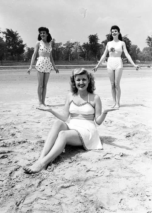 1940s forced perspective