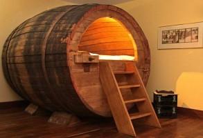 beer-barel-bed-293x200