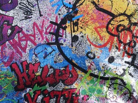 713_sephora_hello_kitty_beauty_graffiti_collection_07