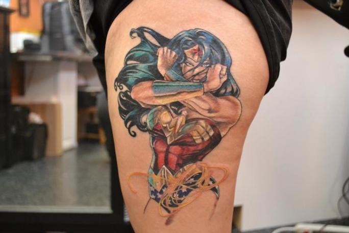 tattoo-thigh-fantasy-wonder_woman
