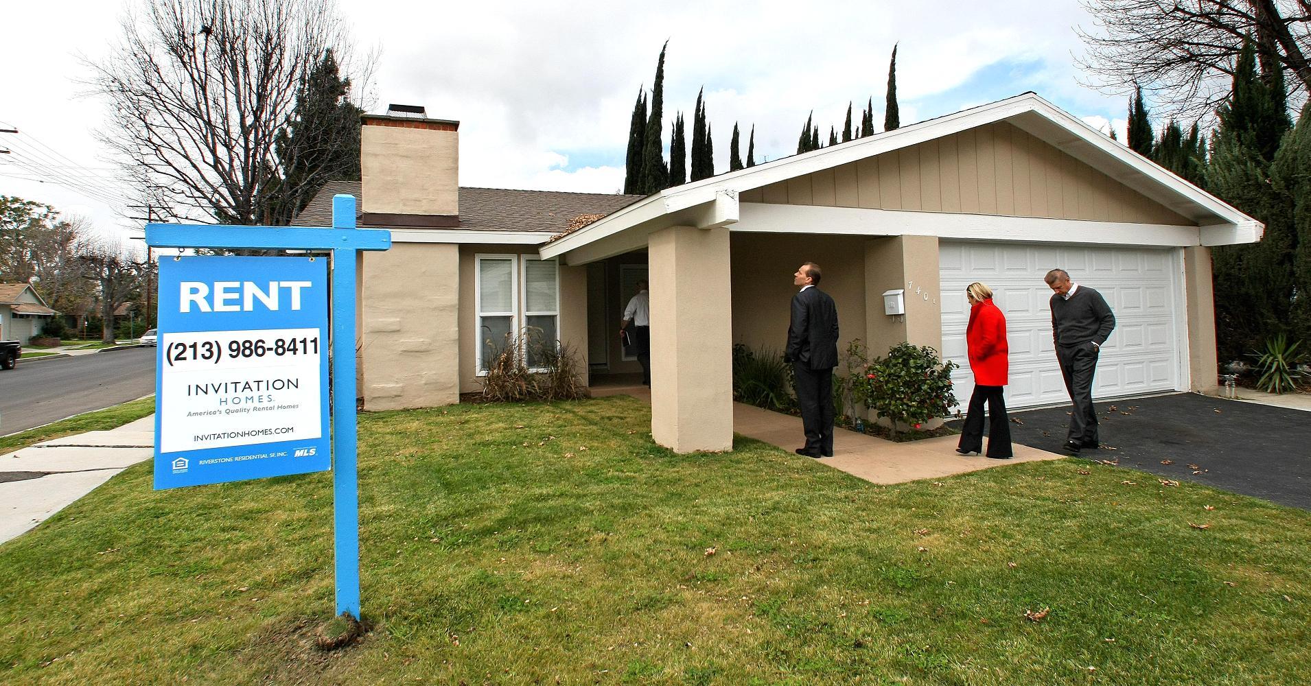 Blackstone's Invitation Homes to buy Starwood Waypoint, creating a $11B single-family rental company