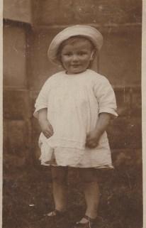 Bub toddler in hatsingle image