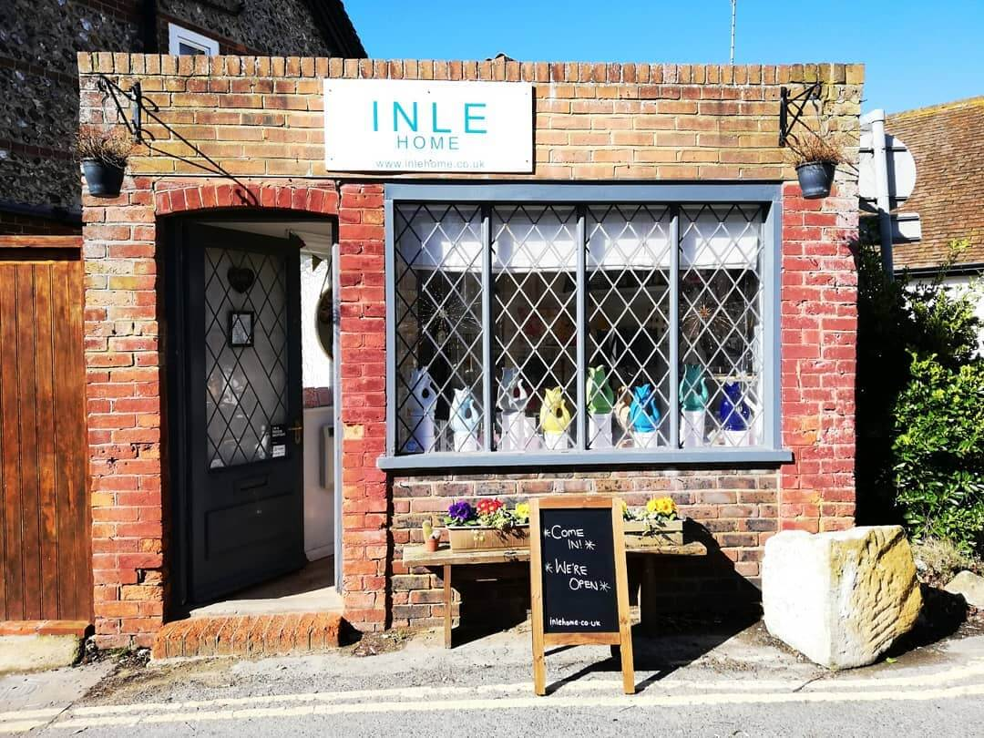 💕 Inle Home is moving to Seaford! My last day in Rottingdean will be Sunday 7th July. If you've been eyeing up something gorgeous for the home or a quirky gift for a friend, come and say hello, or goodbye I suppose 😂 I hope to see some of your faces in Seaford 😊 Details of opening to follow