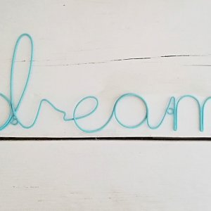 Mint 'Dream' Sign