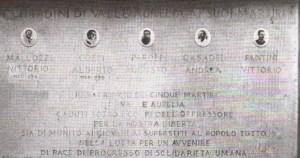 La lapide che ricorda Vittorio Mallozzi