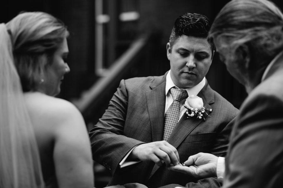 Backyard-Elopement-St-Louis-Surprise-Wedding_0211