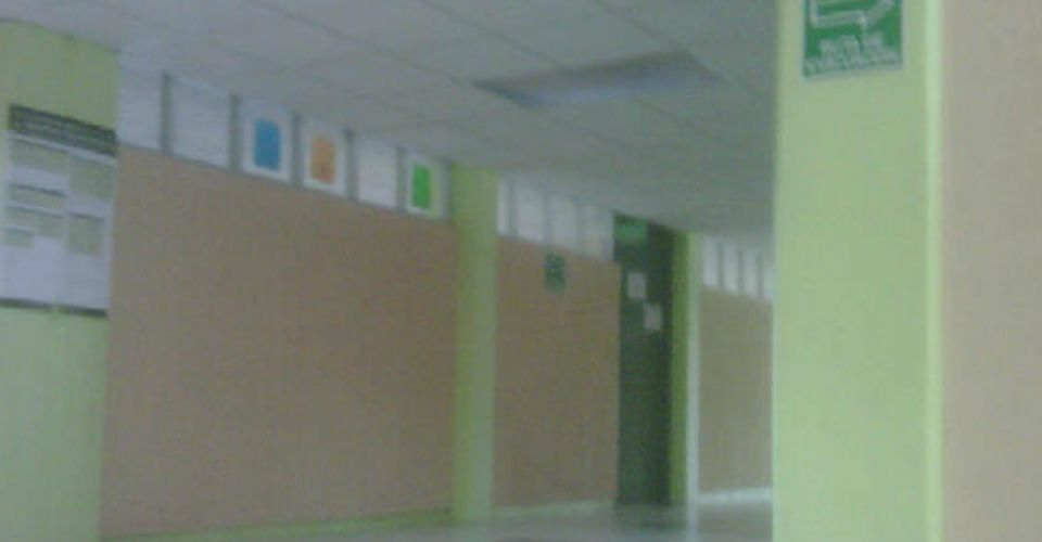 Mi Solitaria Escuela