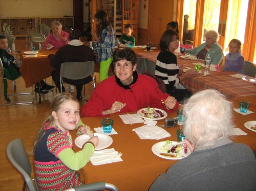 Inly School Upper Elementary students host the Scituate Life Care Center.