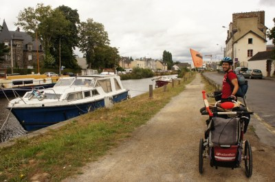 Cycling to our hosts outside of Rennes