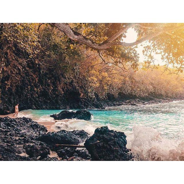 На Бали все фантастическое и природа, и люди, и складывающиеся ситуации... Особенно ситуации.Bali is a fantastic and mystical place... #surfing #bali #кута #бали #нусадуа #джимбаран #nusadua #uluwatu #убуд #ubud #jimbaran #nusaduabeach #nusaduabali #kudetabali #kuta #baliflowers #skygarden #legian #balangan #padang #seminyak #indonesia #индонезия #batur #batur #agung #агунг #серфинг #surfing #чангу #caangu