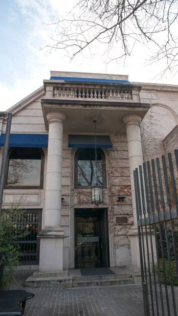 Fachadas de la calle Emilio Civit