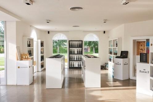 La tienda del Centro de Visitas, un espacio para imaginar y comprar momentos con burbujas.