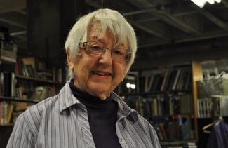 Menlo Library Mole Jackie Drew