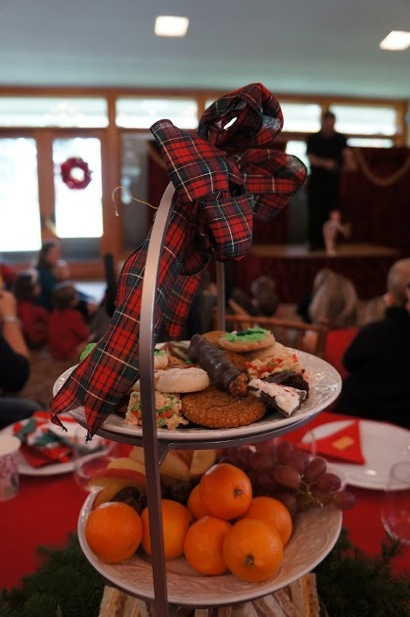 Holbrook-Palmer Park holiday tea 2015_vertical