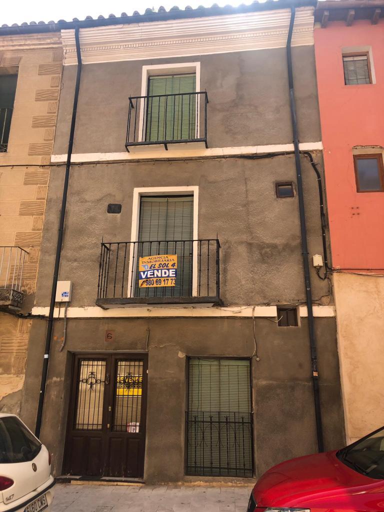 Casa en Calle Rejadorada 6