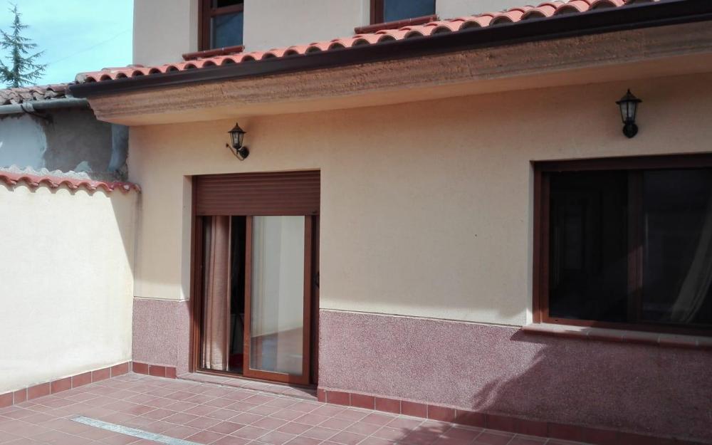 Casa en C/Torrecilla (Fuentelapeña)